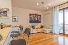 One-bedroom Apartment of 67m² in Via Antonio Signorini 16