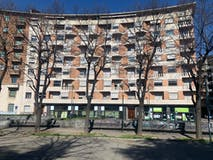 Trilocale di 112m² in Piazza Adriano 12