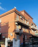 Two-bedroom Apartment of 120m² in Via Arona 24