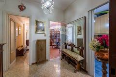 Three-bedroom Apartment of 110m² in Via Monte Cervialto 56