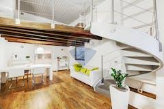 Two-bedroom Apartment of 80m² in Viale Monza
