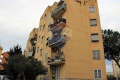 Two-bedroom Apartment of 80m² in Largo Giuseppe Veratti 23