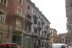 Two-bedroom Apartment of 80m² in Via Barge 4