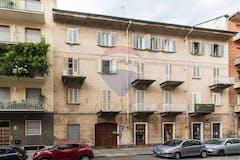 Bilocale di 70m² in Via Viverone