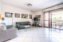 Three-bedroom Apartment of 110m² in Via Corrado Mantoni 46