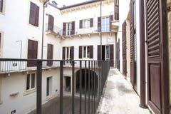 Quadrilocale di 102m² in Via Fratta 2