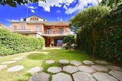Villa di 150m² in Via Francesco Bartolomeo Rastrelli