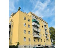 Three-bedroom Apartment of 90m² in Via Monte Circeo