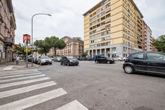 Two-bedroom Apartment of 60m² in Via Cesare Baronio 38