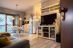 Two-bedroom Apartment of 78m² in Via Gioele Solari
