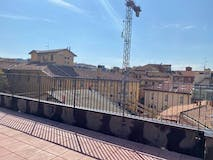 Two-bedroom Apartment of 105m² in Via Dell' Indipendenza