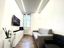 Two-bedroom Apartment of 65m² in Viale Tibaldi 66