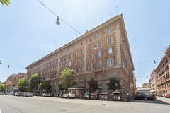 Two-bedroom Apartment of 73m² in Via Leone IV 38