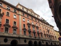 Four-bedroom Apartment of 212m² in Via Cesare Battisti