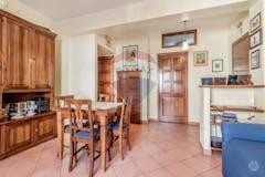 One-bedroom Apartment of 65m² in Via Calpurnio Fiamma