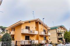 Three-bedroom Apartment of 110m² in Via La Nebbia
