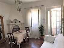 Three-bedroom Apartment of 105m² in Via Goffredo Zignani