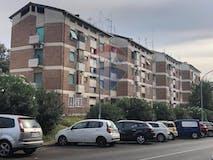 Two-bedroom Apartment of 80m² in Via Adone Finardi