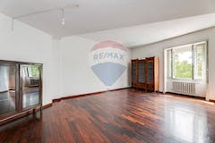 Two-bedroom Apartment of 121m² in Lungotevere Flaminio