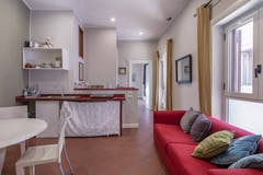 Two-bedroom House of 66m² in Via Modena