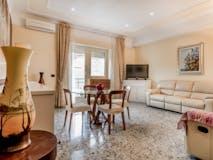 Three-bedroom Apartment of 107m² in Via Campo Ligure
