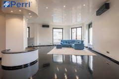 Three-bedroom Apartment of 210m² in Via Acqui