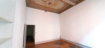Three-bedroom Apartment of 220m² in Via Marsala 30