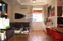 One-bedroom Apartment of 71m² in Via Laura Mantegazza 19