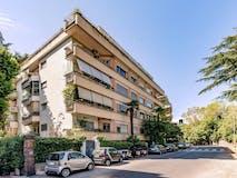 Plurilocale di 195m² in Via della Camilluccia 19