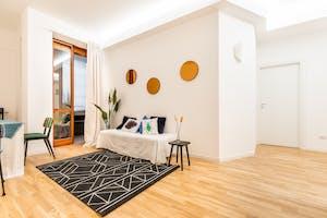 Two-bedroom Apartment of 83m² in Via Fabio Filzi