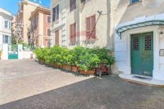 Two-bedroom Apartment of 70m² in Via Atella