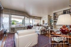 Two-bedroom Apartment of 140m² in Via Della Mendola 47