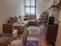 Four-bedroom Apartment of 105m² in Via Dante da Castiglione