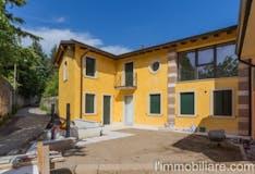 Villa di 196m² in Piazza San Valentino 26