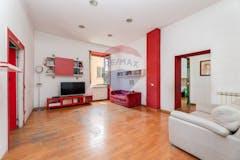 Three-bedroom Apartment of 110m² in Piazzale Del Verano 79