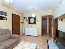 One-bedroom Apartment of 63m² in Via Druento 129