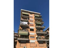 Two-bedroom Apartment of 96m² in Via Giannozzo Manetti