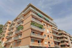 Plurilocale di 140m² in Via Gualtiero Serafino