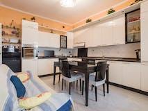 Three-bedroom Apartment of 104m² in Via Michele Coppino