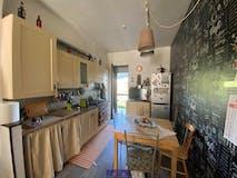 Three-bedroom Apartment of 85m² in Via Perfetti Ricasoli
