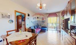 Two-bedroom Apartment of 80m² in Via Carapelle Calvisio