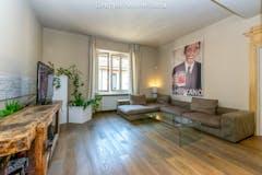 Three-bedroom Apartment of 170m² in Via Raffaello Morghen 27