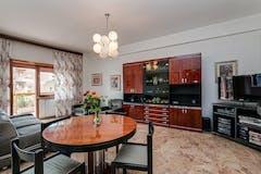 Two-bedroom Apartment of 116m² in Via Giacomo Coppola di Musitani 20