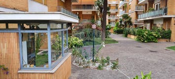 Three-bedroom Apartment of 120m² in Via Aurelia