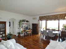 Two-bedroom Apartment of 120m² in Via Bruno Bruni 84