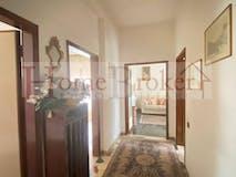 One-bedroom Apartment of 60m² in Piazza Gualfredotto Da Milano 40