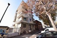 Two-bedroom Apartment of 78m² in Corso Traiano 142