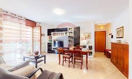 Two-bedroom Apartment of 100m² in Via Mattè Trucco