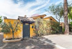 Three-bedroom Villa of 150m² in Via Umberto Giordano