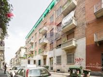 Two-bedroom Apartment of 70m² in Via Monterosa 32